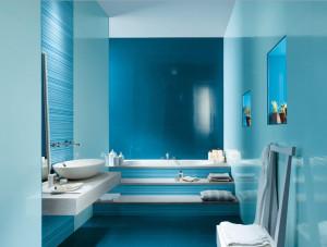 Cerámica luminosa para cuarto de baño en color celeste
