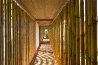 Cerramiento de pasadizo cerco con bambú