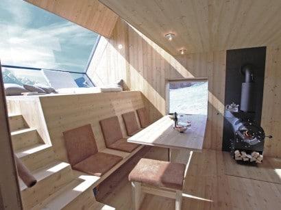 Diseño de pequeña sala de madera