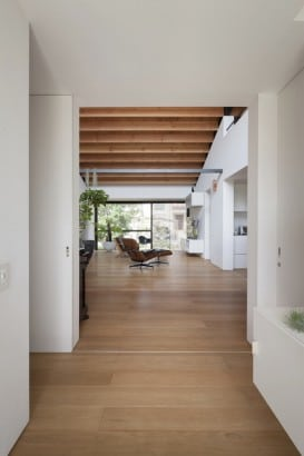 Piso de madera de casa un nivel