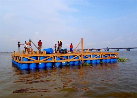 Dise o de casa flotante construir modelo autosustentable for How to build a floating house