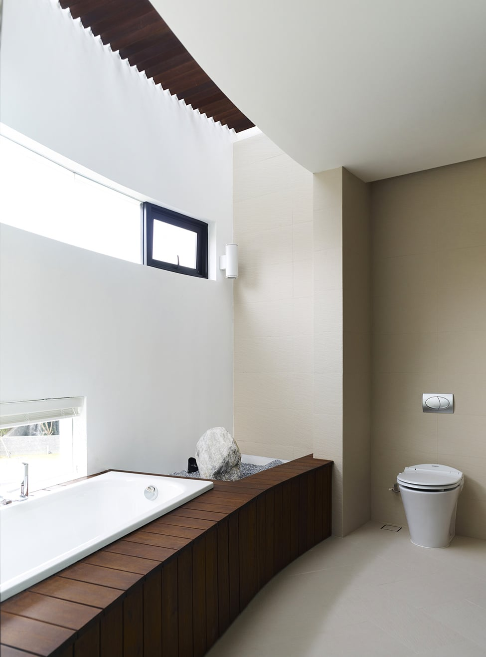 Diseno De Baños Con Tina:Monochromatic Interior Design Space