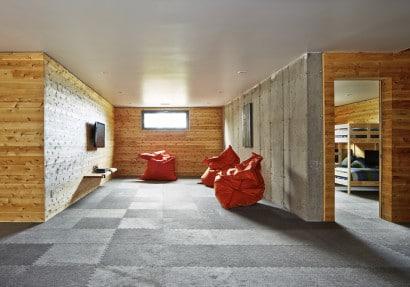 Diseño de sala en sótano