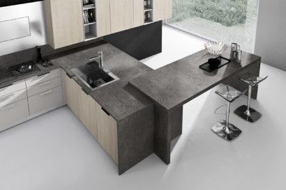 Isla de moderna cocina en color gris y madera