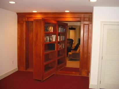 Mueble giratorio de madera camuflaje