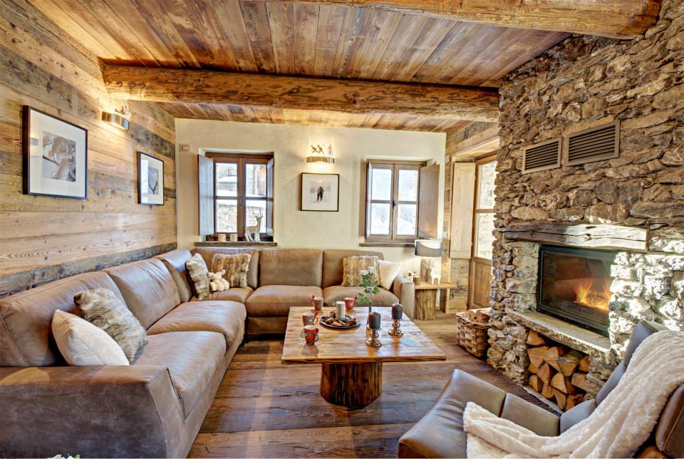 Sala De Tv Rustica Moderna ~ Diseño de interiores rústico uso de madera y piedra  Construye