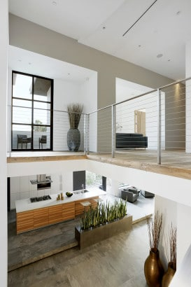 Diseño de mezzanine de casa de dos niveles