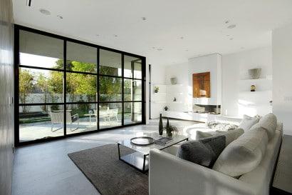Diseño de sala y terraza moderna