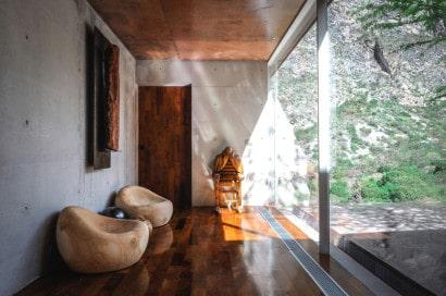 Diseño de terraza de casa en la montaña