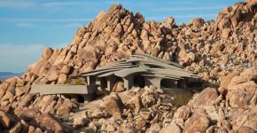 diseo de casa orgnica en el desierto techos se asemejan a dunas y decoracin interior