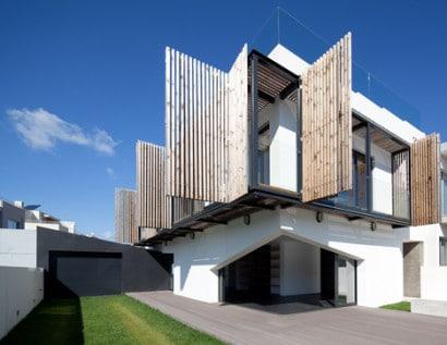 Diseño de balcón para protección del sol