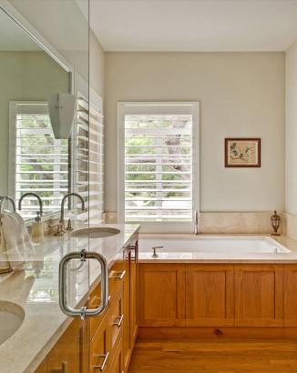 Diseño de cuarto de baño de casa de campo