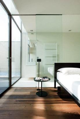 Diseño de dormitorio con cuarto de baño