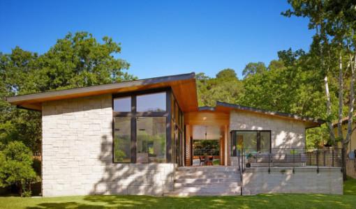diseo de casa de un piso con fachada en piedra y madera acabados de construccin modernos que te inspirarn