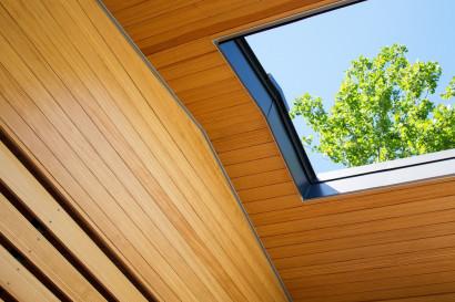 Diseño de claraboya en casa de un piso