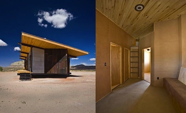 Interiores De Casas De Madera #5: Pequeña-casa-de-madera-con-techo-inclinado.jpg