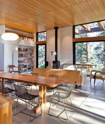 Diseño de sala comedor de casa autosustentable
