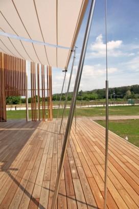 Diseño de terraza de casa ecológica