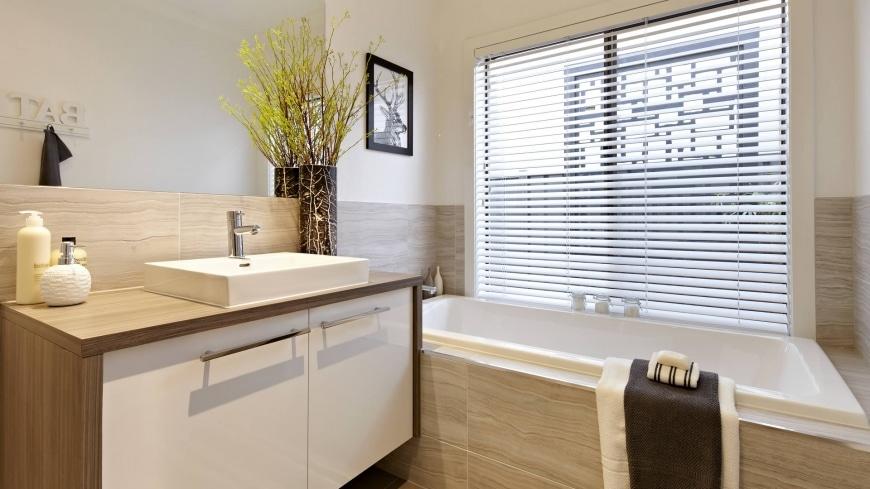 Diseno De Baño Sencillo:Winslow Bathroom Collection