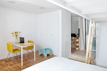 Diseño de dormitorio de departamento con baño