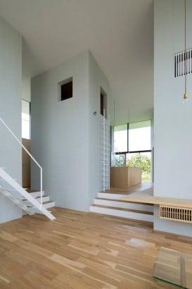 Casa con techo a doble altura