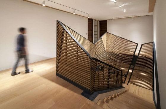 Diseño de barandas de escalera de madera y  hierro