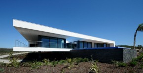 Diseño de casa con piscina