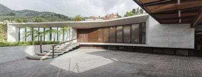 Diseño de  fachada de moderna casa