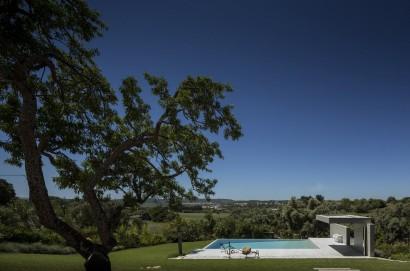 Diseño de techo con piscina