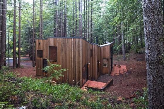Casa construida en  madera del campo