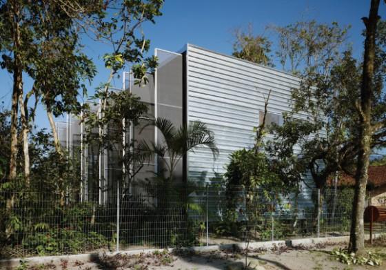 Diseño de casa de campo moderna rectangular