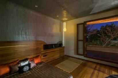 Diseño de dormitorio de casa de tres pisos