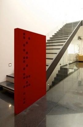 Diseño de modernas escaleras de acero y vidrio