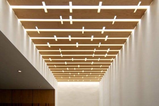 Diseño de techo calado de madera