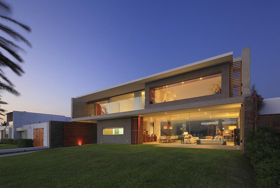 Moderna fachada de casa de dos plantas grande construye - Fachada de casas de dos plantas ...