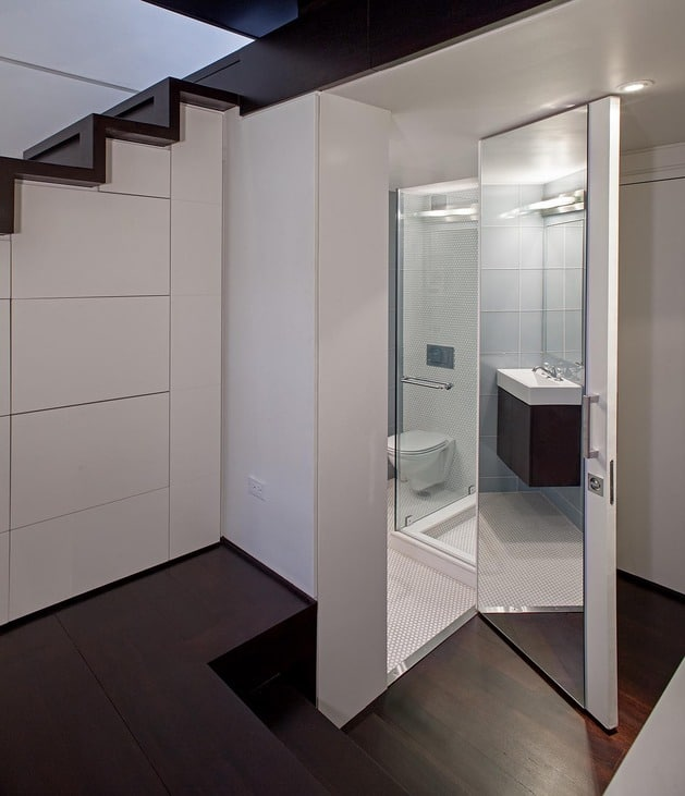 Puertas Para Baño Pequeno:Micro Loft Small Apartment Bathrooms