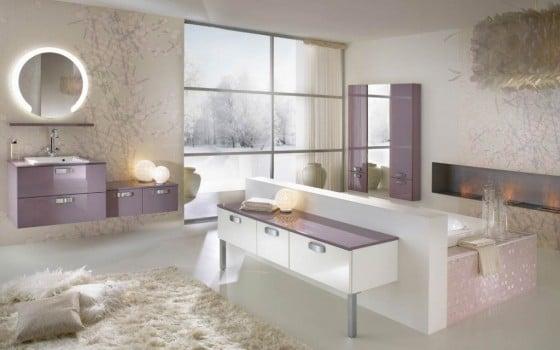 Diseño de cuarto de baño en tonos rosa
