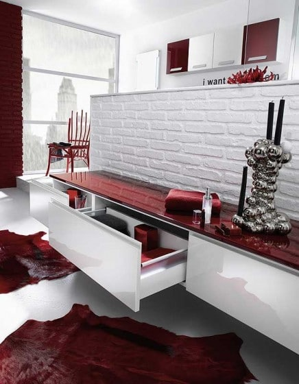 Diseño de mueble encimera roja de cuarto de baño rojo