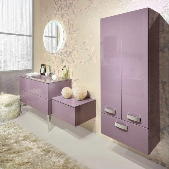 Diseño de muebles de color rosa para cuarto de baño