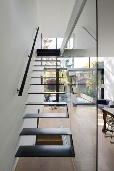 Diseño de peldaños ultra modernos de escaleras de casa moderna