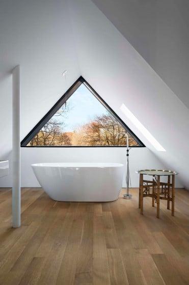 Diseño de tina colocado en ático