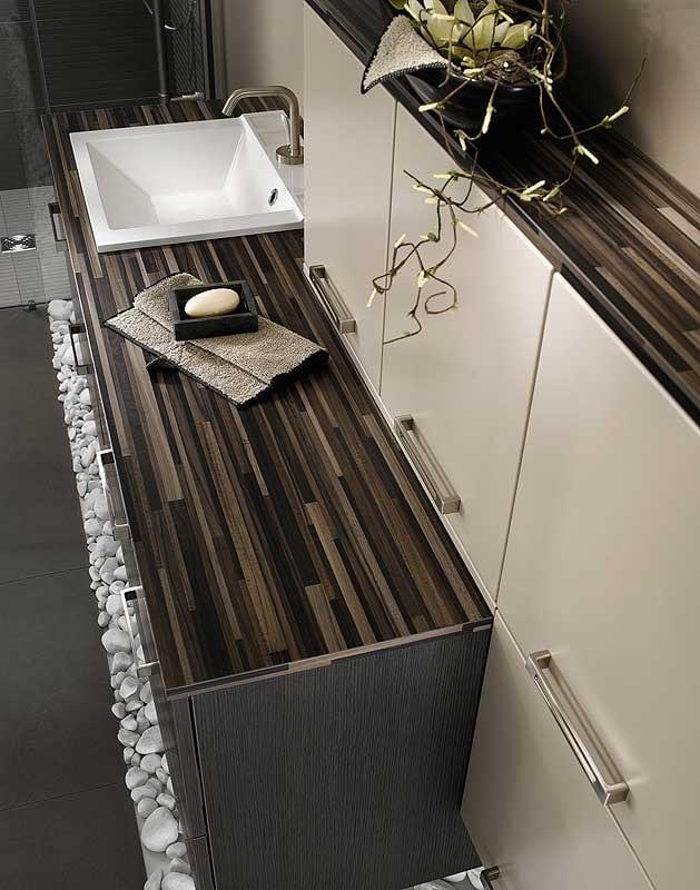 Decoraci n de cuartos de ba o construye hogar for Banos de madera y piedra