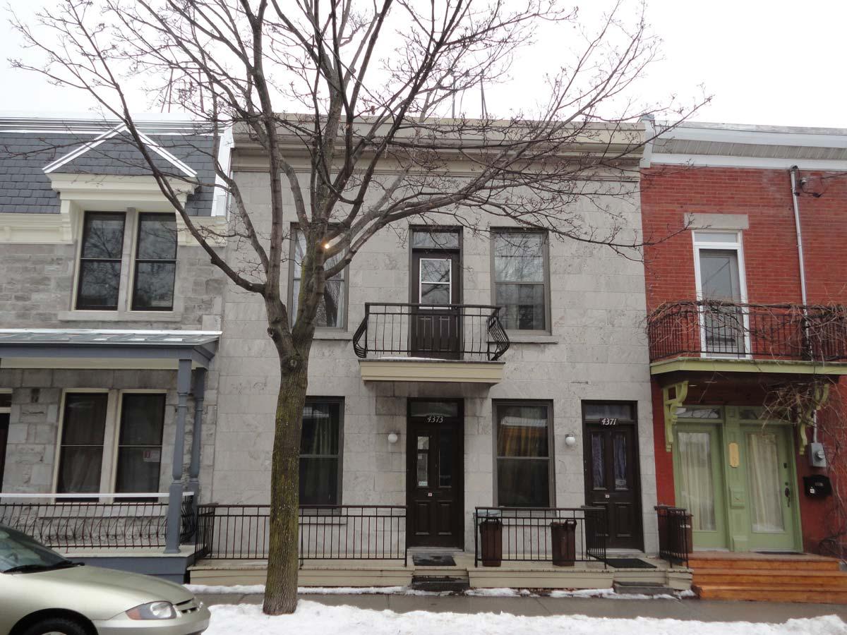 Remodelaciu00f3n de casa pequeu00f1a de dos plantas, fachadas renovadas y ...