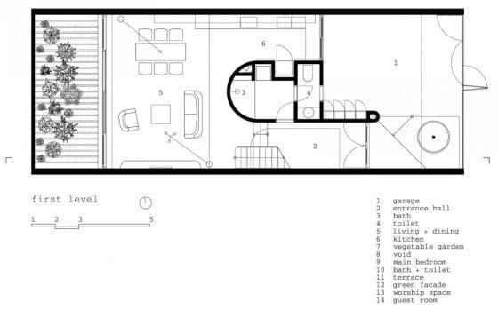Plano de casa de tres plantas pequeña