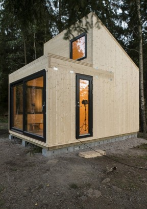 Diseño de cabaña moderna de madera 006