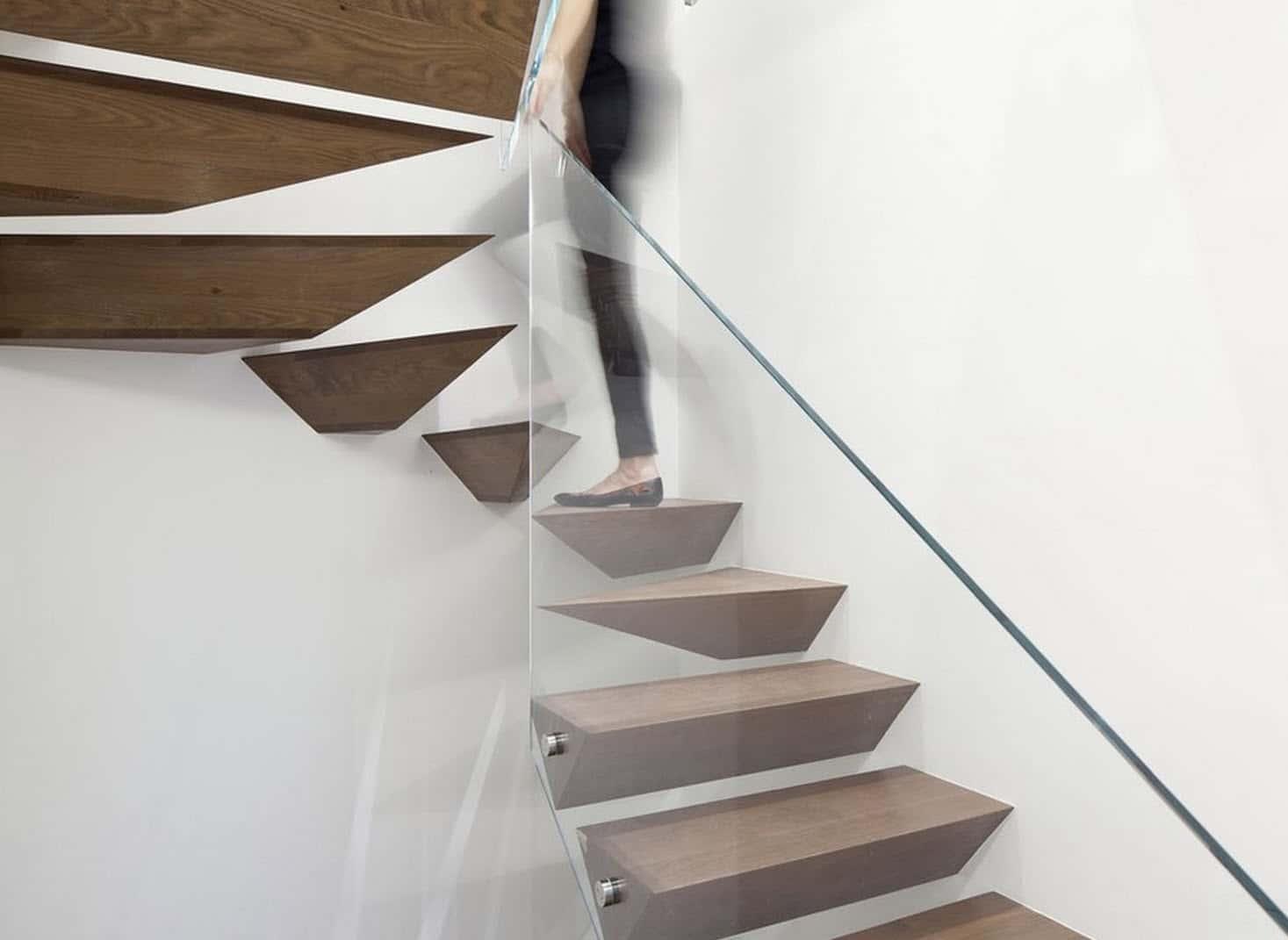 Dise o de escaleras y pasamanos construye hogar - Como hacer escalera ...