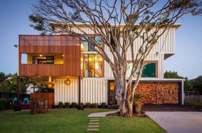 Casa hecha de contenedores reciclados