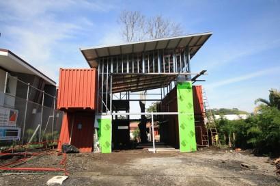 Construcción de casa con contenedores reciclados