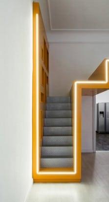 Diseño de escaleras de metal de mini departamento