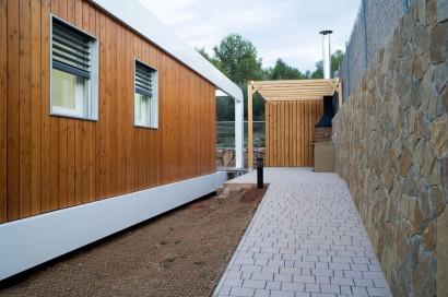 Fachada de perfil de casa ecológica